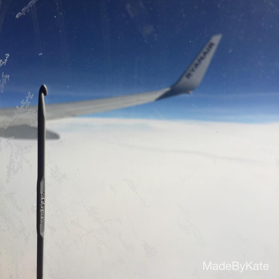 Uncinetto in aereo